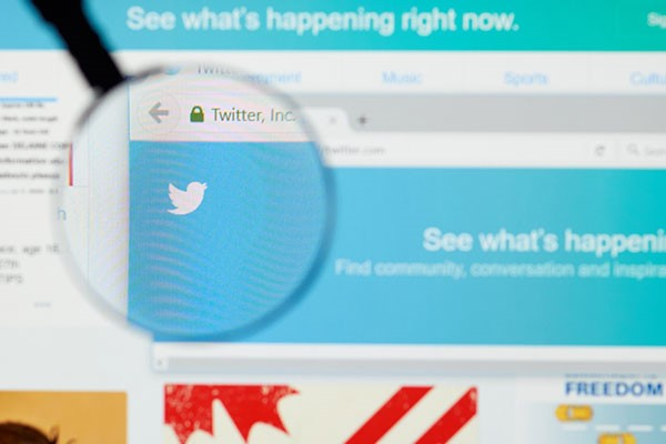 twitter directs us to content via hashtags
